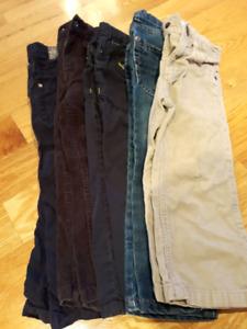 Lot pantalons / vêtements pour garçon 3T