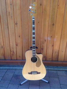 Fender Kingman Acoustic Bass