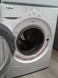 WASHER WHIRPOOL WHITE FRONT LOAD 27""