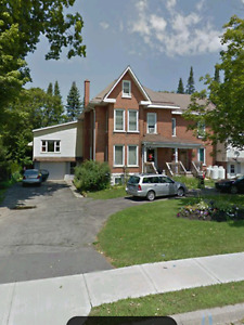 For sale 5 plex apartment building $385,000