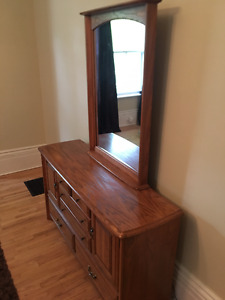 Solid hardwood dresser with mirror - excellent condition