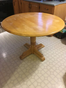 Wood 42-Inch Round Table
