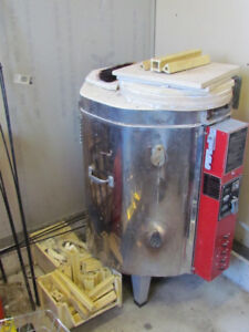 Pottery Kiln - great condition! Bowmanville