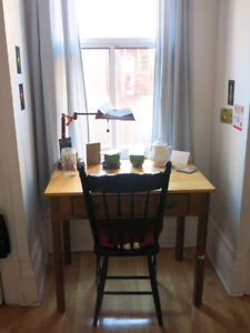 Chambre charmant 6.5 (December) / Lovely room in 6.5 [Mile-End]