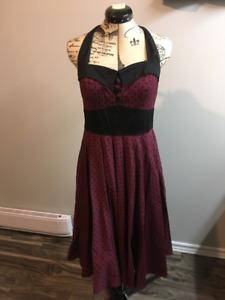Size M ModCloth Retro Style Dress - Like New