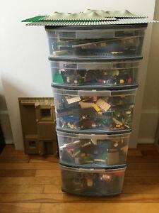 GIGANTIC LOT LEGO ensembles jouets - building toys sets