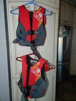 Gilets (2) de sauvetage, de sécurité pour enfants
