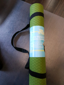 Brand new kids yoga mat with strap