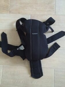 Baby bjorn carrier and Maman Kangarou for sale