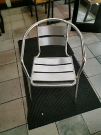 X 4 outdoor chairs