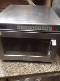 Commercial microwave (used)