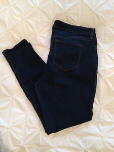WOMENS Size 16 OLD NAVY Rockstar Jeans - $10.00!!!