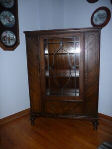 Walnut China Cabinet Kingston Kingston Area image 1