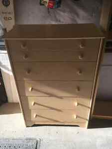Dresser 5 drawers- Commode 5 tirroirs
