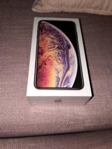 iPhone xs max 512gb brand new in box