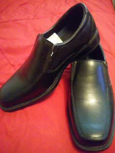 "Men's Dress shoes size 7 ""Brand new"""