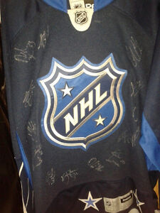 AUTOGRAPHED JERSEY MYSTERY BAGS WITH 2 SIGNED JERSEYS Edmonton Edmonton Area image 9
