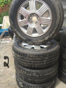 245 65 17 LT Summer tire with mag of Ford on sale