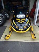 2000 Ski-Doo Mach Z 800