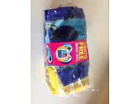 Swim nappies size 2-3 - Huggies little swimmers with Finding Dory beach ball