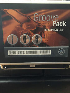 LIKE NEW AKG Groove Pack 6 Drum Microphone Package with Case