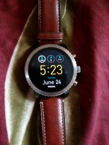 Fossil Gen 3 smartwatch amazing condition & price!