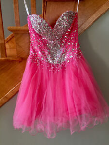 Riva Designs Size 4 Pink Prom Dress - Worn once