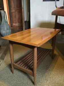 SOLID BEECH WOOD COFFEE/OCCASIONAL TABLE