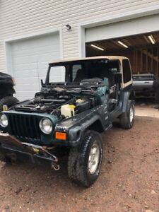 Parts only 2000 jeep tj 4.0 5 speed