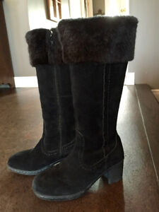 Hush Puppies Winter Suede Boots Size 9.5