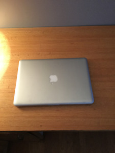 Selling MacBook Pro - 2010 Model (Good Condition)