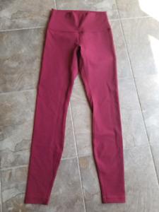 e19da445ce8f Lululemon bottoms all size 6 NWT never worn