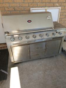 6 burner stainless steel bbq