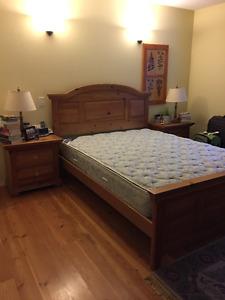 Beautiful Solid Wood Queen Bedroom Suite