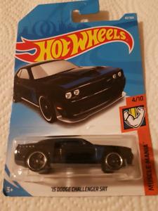 Hot wheels 1:64 '15 Dodge Challenger SRT 42/365