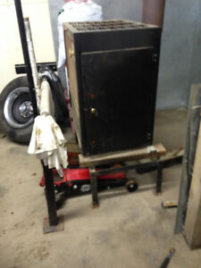 WOOD HEATER-C.S.A. Approved - $450.00 very good condition
