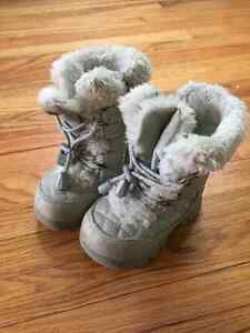 Children's Place size 5 girls winter boots