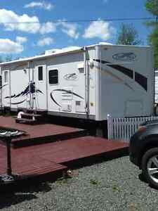 Camping trailer Trail Bay 28 footer