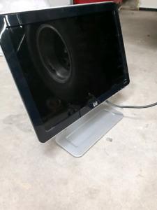"""17 """" hp computer monitor"""