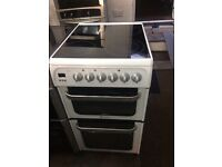 White hotpoint 50cm ceramic hub electric cooker grill & fan oven good condition with guarantee