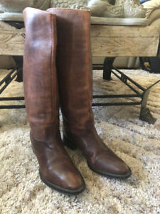 WOMEN'S DAVOS GOMMA LEATHER BOOTS