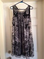 NEW WITH TAGS Beautiful dress