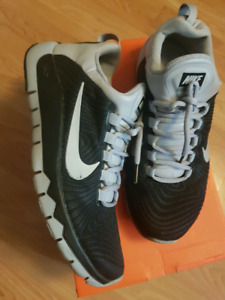 Nike Free Trainer 3.0 size 8