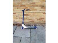 Blue JDbug scooter