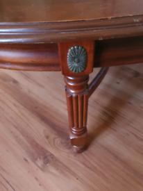 Free vintage style coffee table