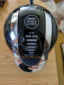 Nescafe Dolce Gusto Coffee Maker with Pods