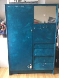 Cabinet, Free to collect