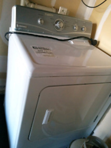 Maytag electrical Drayer, in good condition