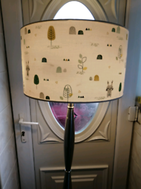 Lamp (with lampshade and bulbs included)