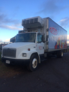 2001 Freightliner FL70 Refrigerated (Reefer) Truck for Sale